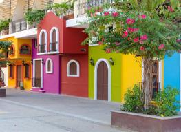 Holiday offers tailor made flight hotel deals logitravel for Casas pintadas modernas